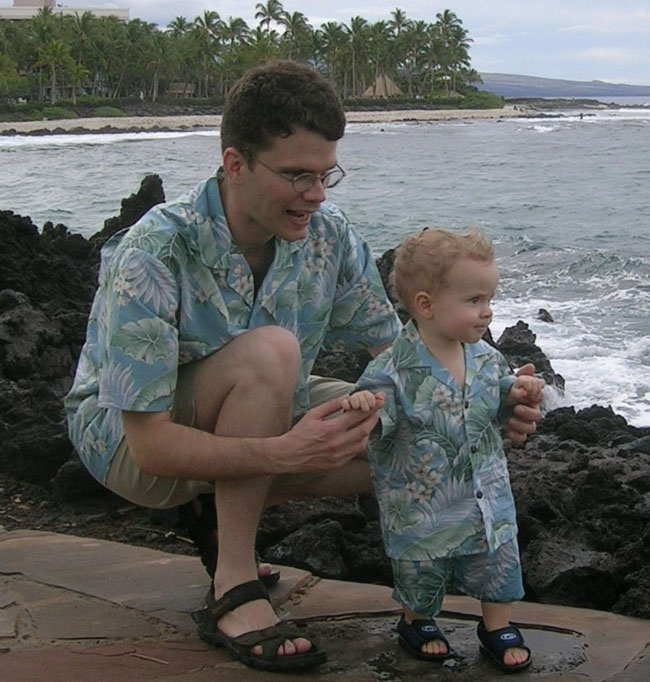 Hawaiian Clothing - Boys' Hawaiian Shirts and Men's Hawaiian Shirt